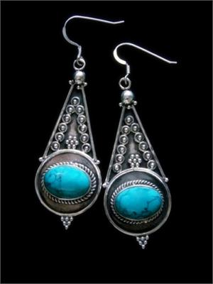 Large Dangel Earrings